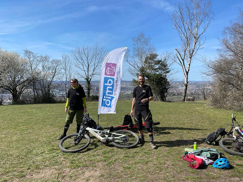 Müll sammeln Mountainbiker DIMB